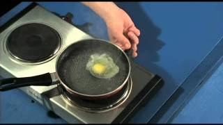 poached egg on toast quick simple how to make poached eggs