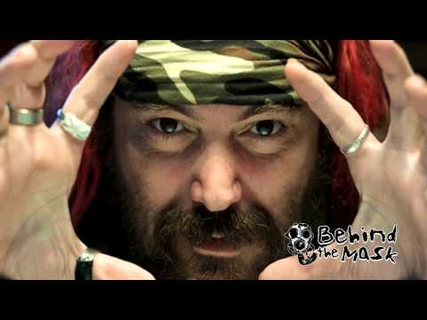 "Max Cavalera (Soulfly/Sepultura) Talks ""Savages"" & Chaos A.D. Anniversary - INTERVIEW 9/23/2013"