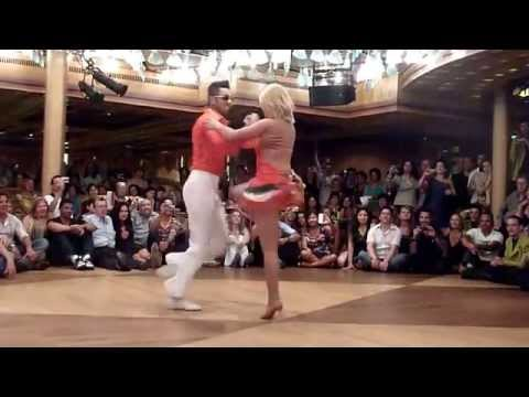 Forró com Jota Júnior e Jussara Andrade - Dançando a Bordo - Fantástico!!!