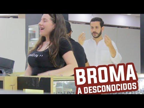 Las BROMAS M�s GRACIOSAS en LA CALLE a DESCONOCIDOS | C�mara Oculta