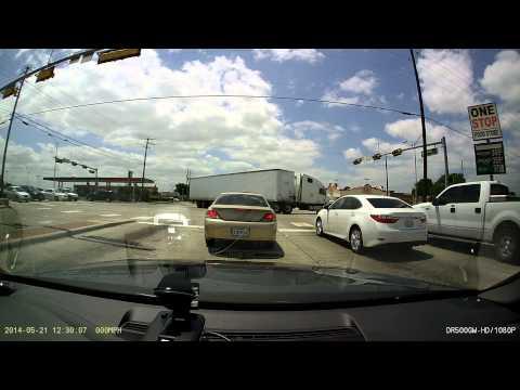 18-wheeler impressive U-Turn
