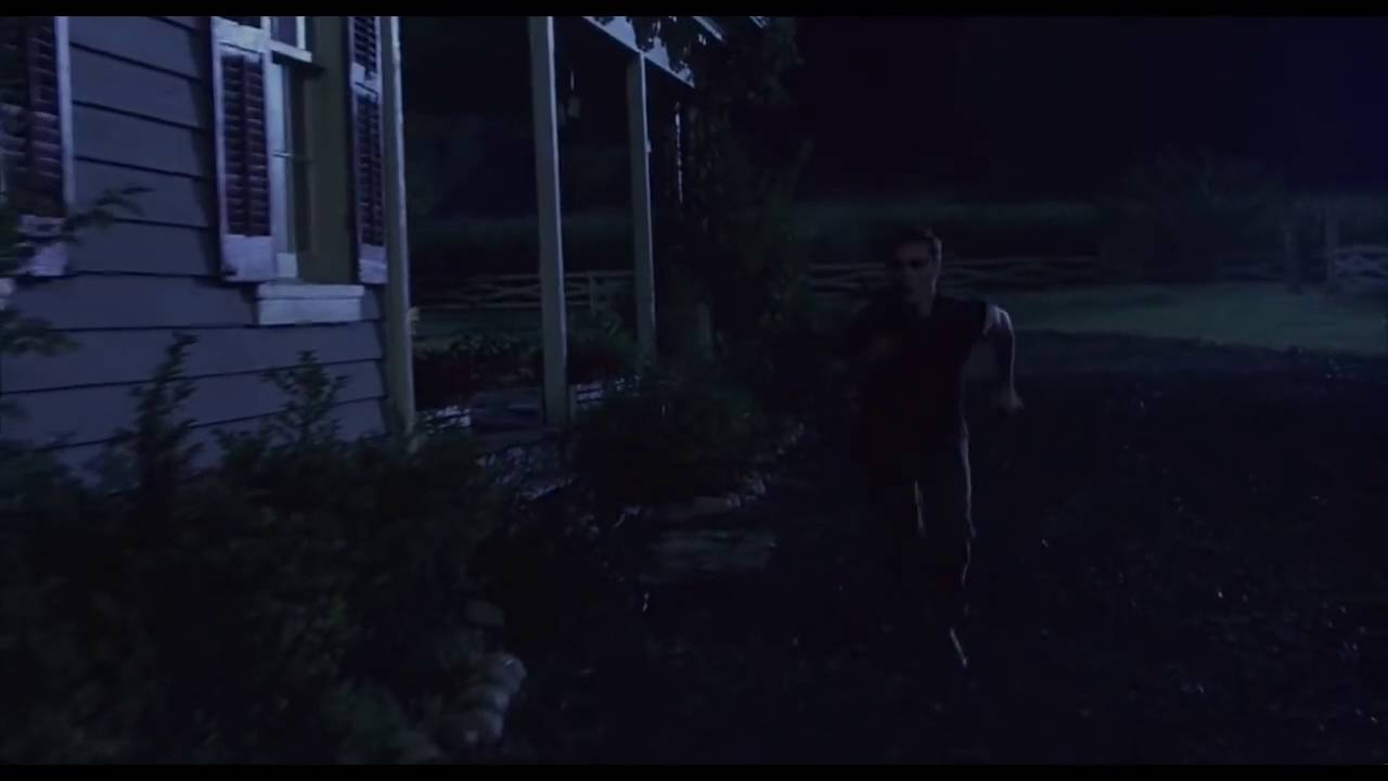Signs 2002 Scene Of The Alien On The Roof Hd 720p Trimmed