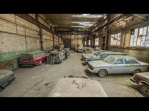 Les véhicules du hangar abandonné - Urbex