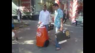 Робот на открытии магазина М.Видео 1 и 2 июля(, 2012-07-03T11:58:17.000Z)