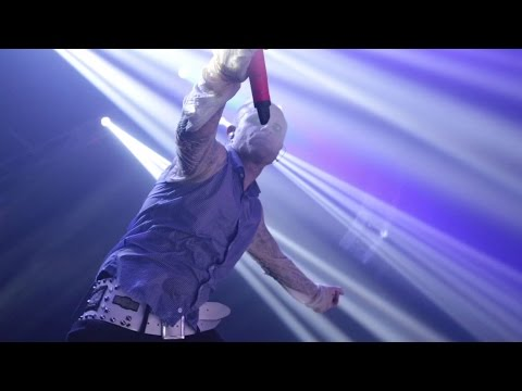 The Prodigy - The Day is My Enemy (Live in Australia)