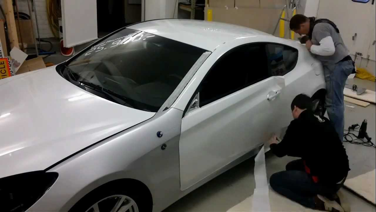 Car Wrapping Vollverklebung Hyundai Genesis Coupe Pearl White
