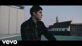 Robin Packalen - Suit That (Official Music Video)