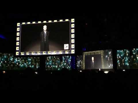 Grindelwald Johnny Depp Casts Spell on Hall H SDCC ComicCon 2018 tastic Beasts