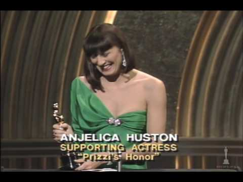 Anjelica Huston Wins Supporting Actress: 1986 Oscars