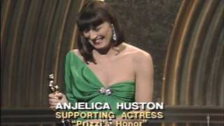 "Anjelica Huston winning Best Supporting Actress for ""Prizzi"