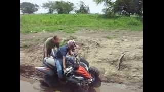Mud yamaha Grizzly 660 4x4