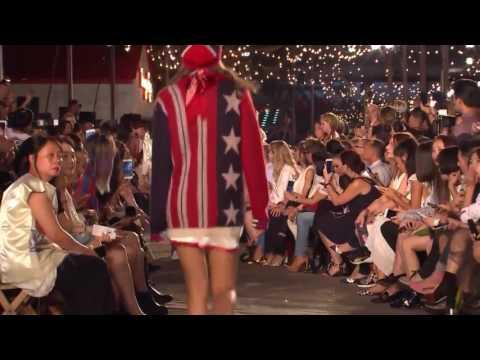 #NYFW | Tommy Hilfiger Spring/Summer 2017 Runway Show