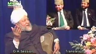 Why is the Annual Convention (Jalsa Salana) only held for three days and not more?