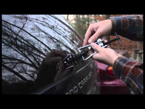 How to Change a Rear Wiper Arm on a Minivan