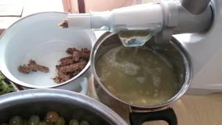 видео Как сделать сок из винограда в домашних условиях