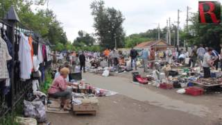 Provincial flea market invites to experience the unrefined Russian life