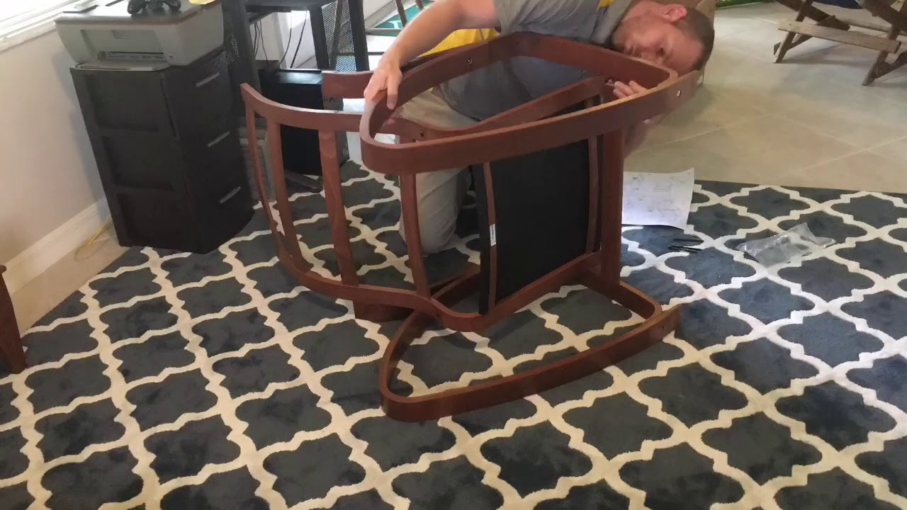 Ikea Poang Draaifauteuil.Ikea Poang Rocking Chair Assembly Youtube