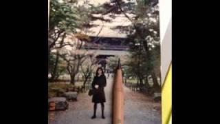 小島さんは学生のとき、公民の先生に反発してクラスでイジメて辞めさせ...