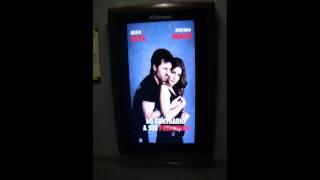 Реклама в метро(Прикольная реклама в метро Барселоны. Забавно они так толкаются :-), 2011-08-21T14:05:15.000Z)