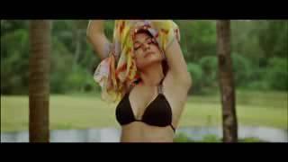 Anushka Sharma all Kiss & Hot Scenes HD low