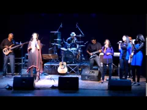 Hannah Elliot - Amazing grace 2015 - Virtuoso
