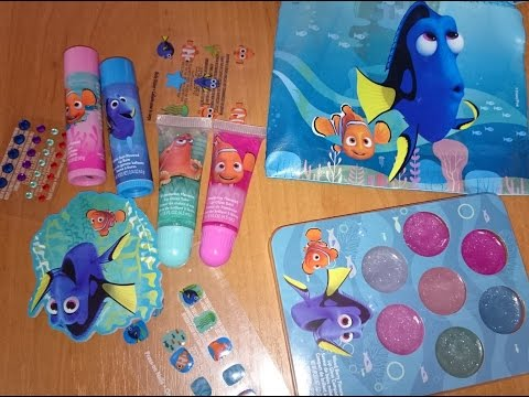 В Поисках Дори Косметический набор Beauty Kit Finding Dory