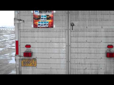 Autofair sign on dirty trailer.mp4