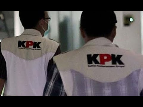 Bupati Cirebon yang Terjaring OTT Tiba di Gedung KPK