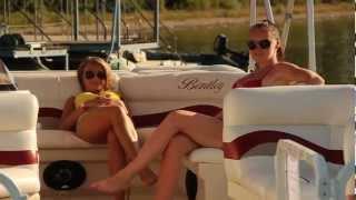 Активний відпочинок на Усладі!(Уроки плавання від Олімпійського чемпіона Дениса Селантьєва, змагання на спортивних байдарках та аквабайк..., 2012-09-20T11:30:49.000Z)