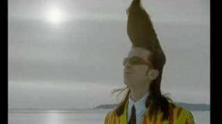 Watch Leningrad Cowboys Leningrad video