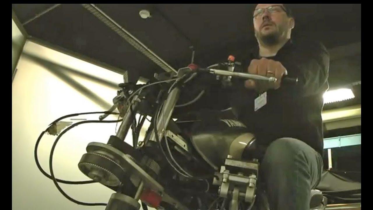 simulateur de conduite moto yamaha youtube. Black Bedroom Furniture Sets. Home Design Ideas