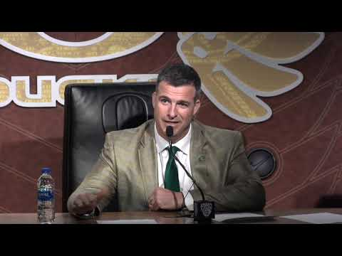 Oregon coach Mario Cristobal makes the Ducks more disciplined in 2018: Issues & Answers