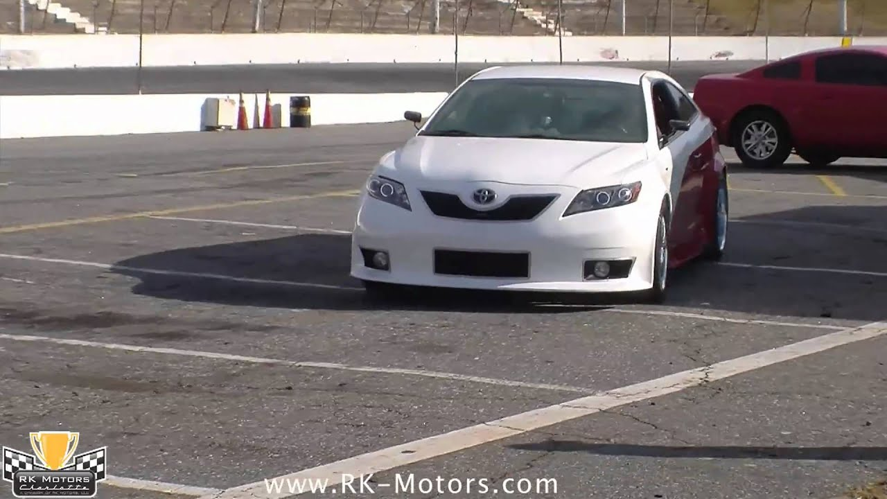 Track Test: TOYOTA CAMRY NASCAR EDITION