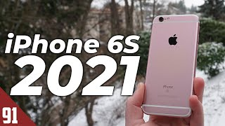 Using the iPhone 6S iฑ 2021 - Review