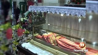 Le immagini dello storico ritorno a Siracusa delle spoglie di Santa Lucia (dicembre 2004)