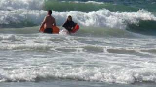 Baywatch San Diego | Mission Beach Lifeguard helps out Boogie Boarders