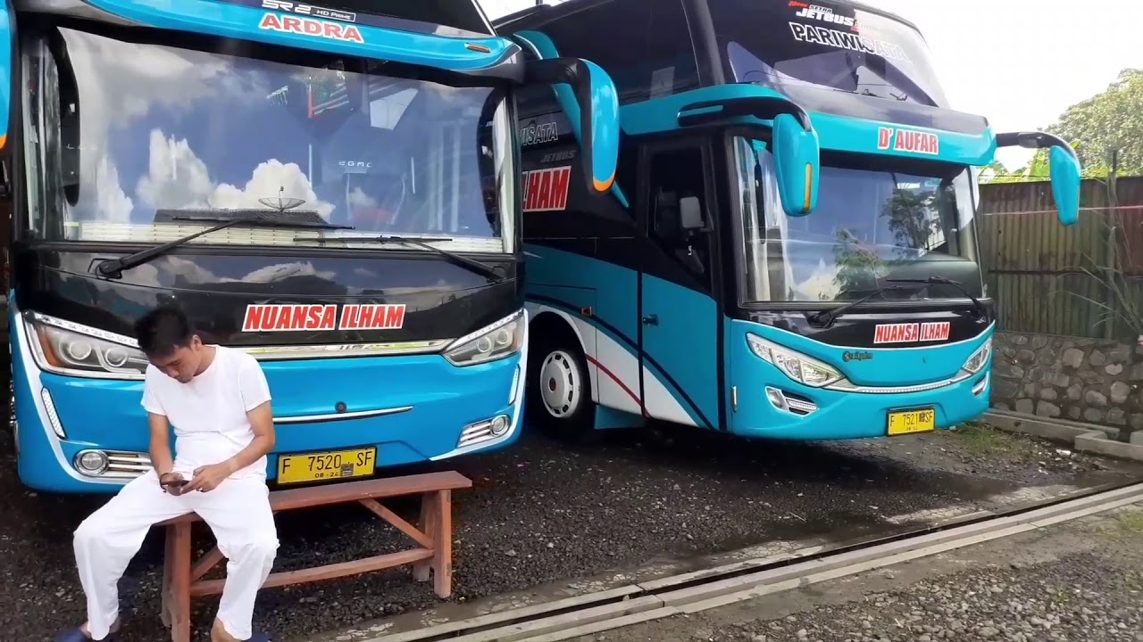 Bus pariwisata NUANSA ILHAM..parkir rapi dipool efek virus corona covid8