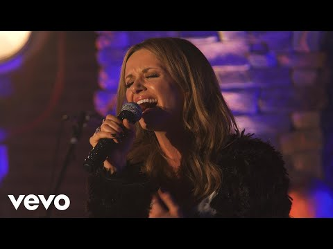 Carly Pearce - Every Little Thing – (Live on the Honda Stage at the Cruise Rooftop)