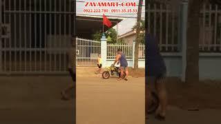 Hiếu Hiền chơi xe cào cào mini 50cc - xe moto ruồi mini 50cc | WWW.ZAVAMART.COM