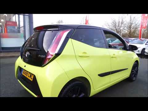 AYGO 1.0l X-CITE Bi-TONE YELLOW 5 DOOR MAN DG66CWC