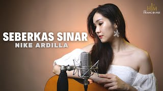 Download SEBERKAS SINAR - NIKE ARDILLA ( Desy Huang Cover )