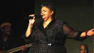 Cynthia Duncan Sings