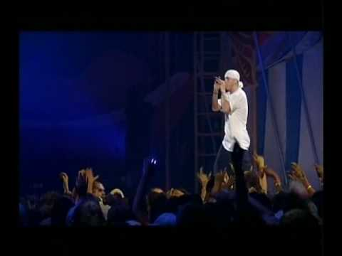 Eminem - Cleaning Out My Closet ( Live In Detroit )