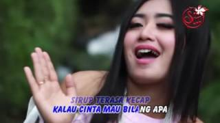 Yeyen Vivia - Yang Namanya Cinta (Official Music Video)