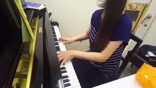 7歳から15歳まで習ってました! 久々にピアノを練習してみました。