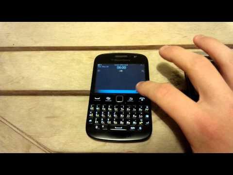 BlackBerry 9720 Lockscreen and Camera Shortcut