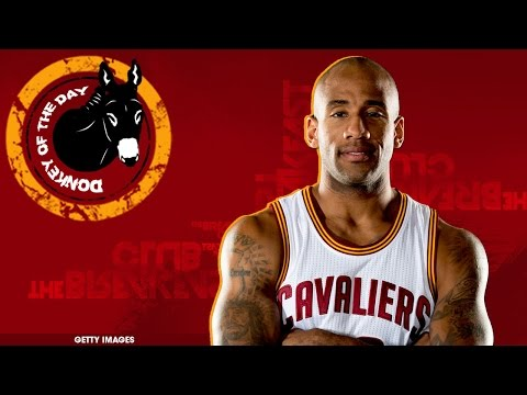 Dahntay Jones Loses Two-Thirds Of His Salary In 2 Minutes