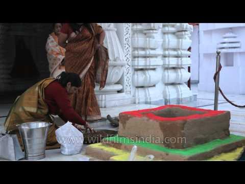 Preparations for Maha Shivratri havan - Jagannath Temple, Delhi