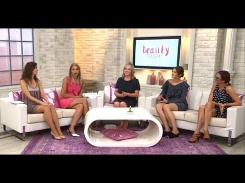 ladies in hot dresses show legs - YouTube