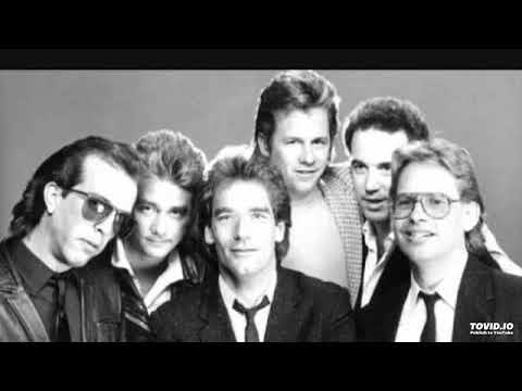 Huey Lewis & the News - Whole Lotta Lovin / Boys Are Back in Town